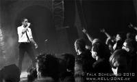 Nitzer-Ebb-live-2010-6
